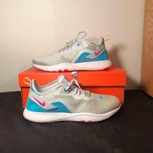 NWT Women's Nike Flex Trainer 9